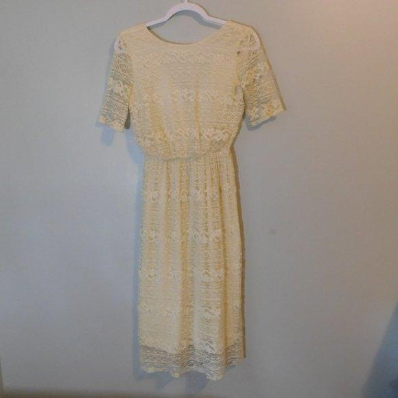 ASOS Dresses & Skirts - ASOS cream Dress